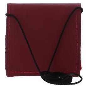 Borsetta portaviatico pelle rossa con bottone nero e tracollina in tessuto s5