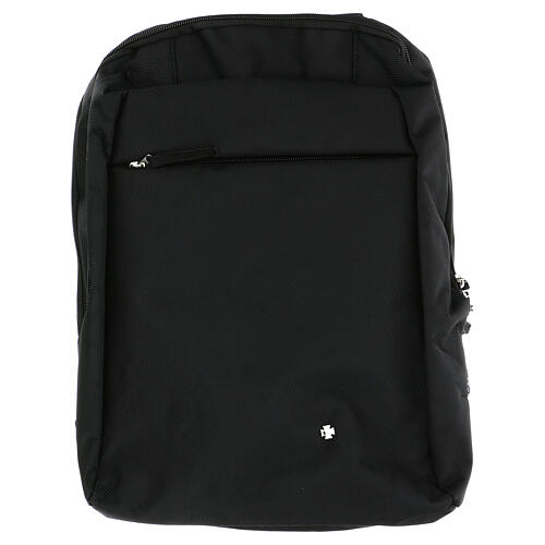 Travel mass kit backpack with red Jacquard lining 10