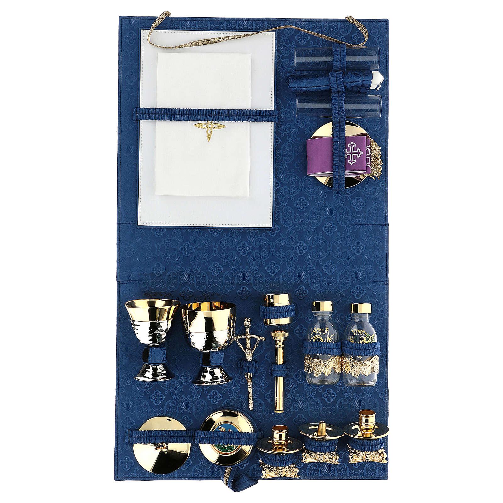 Valigia kit celebrazione in abs e raso blu 3