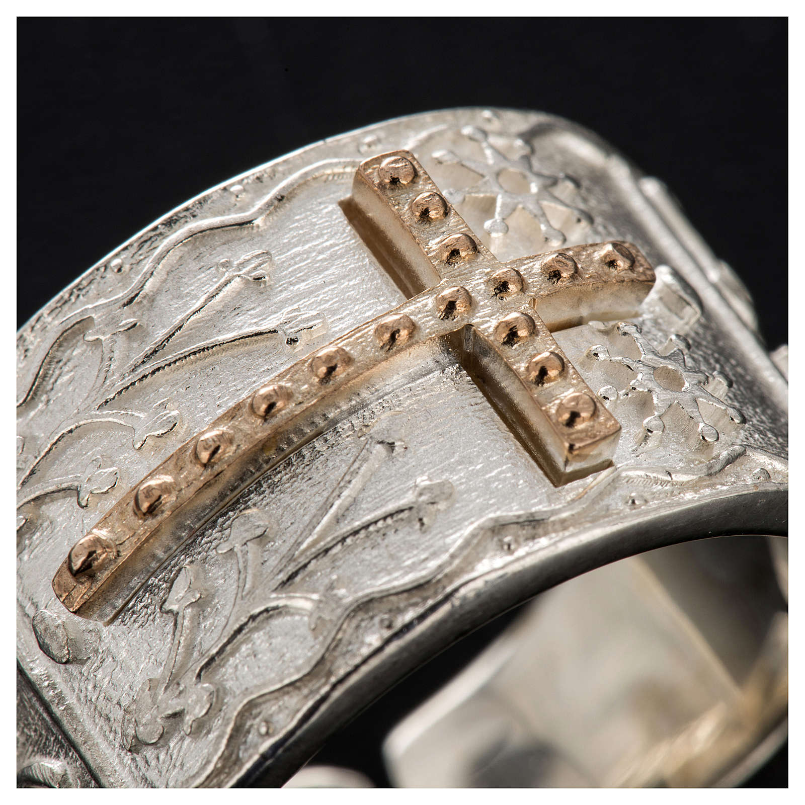 Bishop's ring in sterling silver with golden cross 3