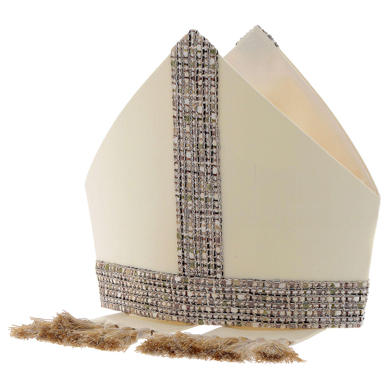 Mitra aus 100 % Wolle mit Schmuckband aus Chanel-Stoff 3