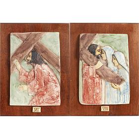 Via Crucis 14 stazioni maiolica pastello su legno ciliegio s5