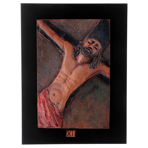 Via Crucis 14 stazioni maiolica cuoio su legno bruno 12
