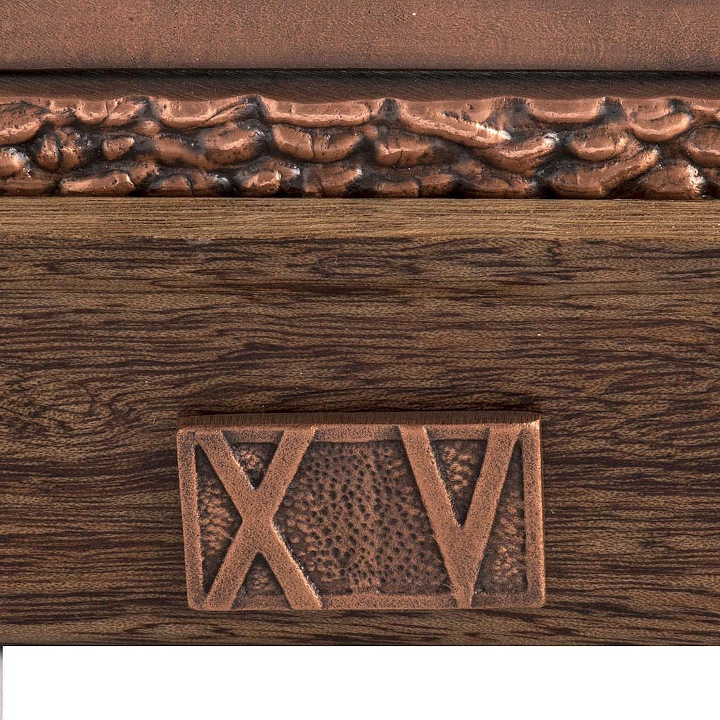 Vía Crucis bronce cobrizo 15 estaciones base madera 4