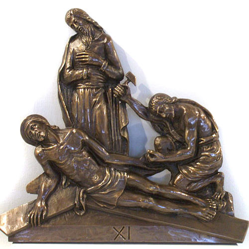 Via Crucis in bronzed brass, 15 stations 11